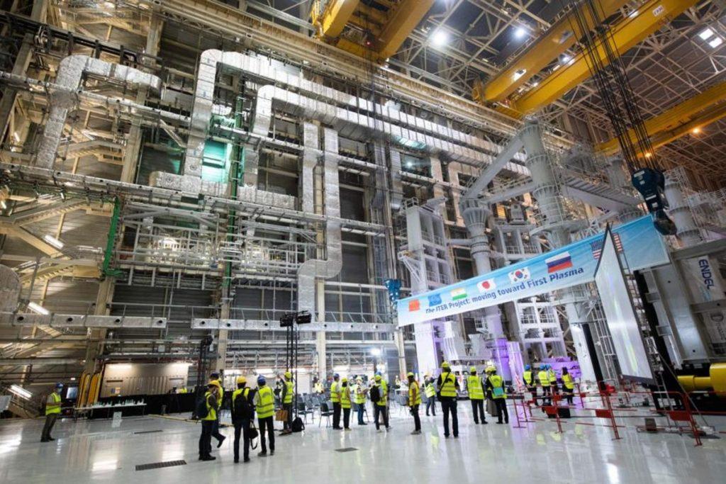 cérémonie du début de l'assemblage du réacteur à fusion nucléaire ITER