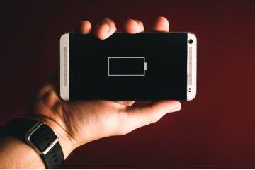 stockage energie avec image d'un téléphone