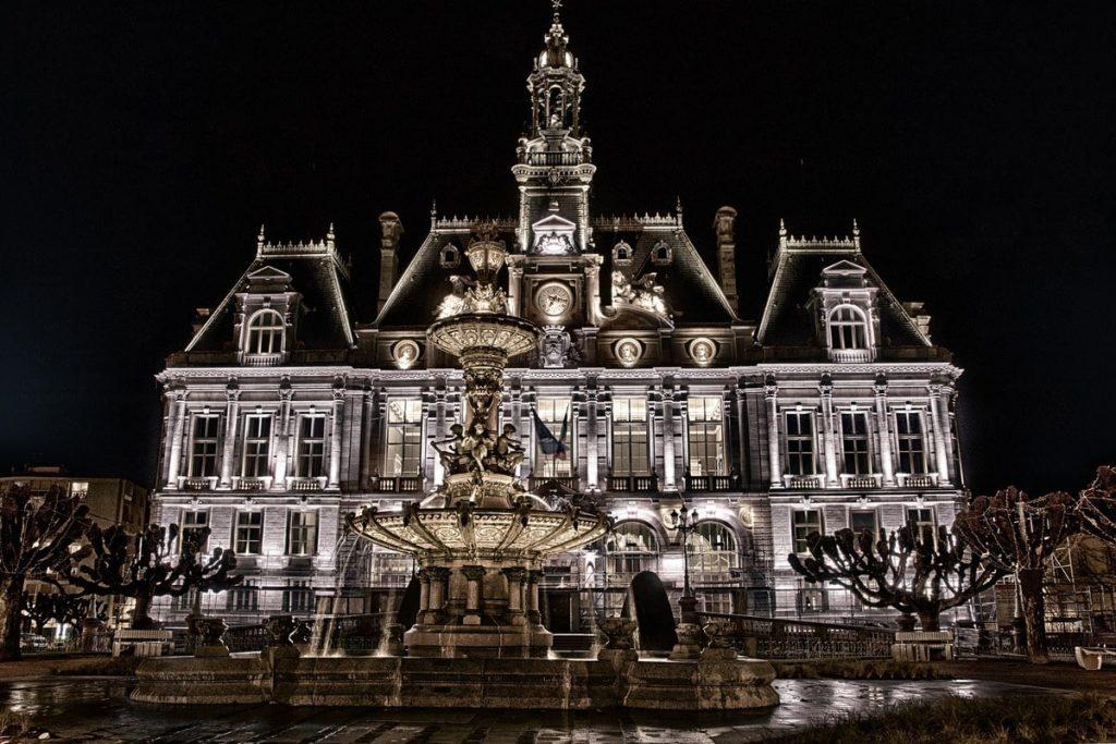 Mairie de Limoges la nuit