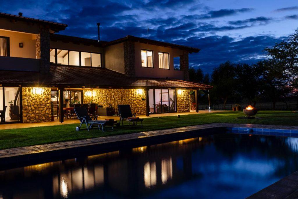 maison avec piscine qu'on peut acheter avec un prêt immobilier