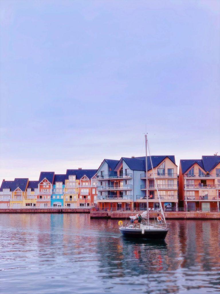 Port de Deauville en Normandie