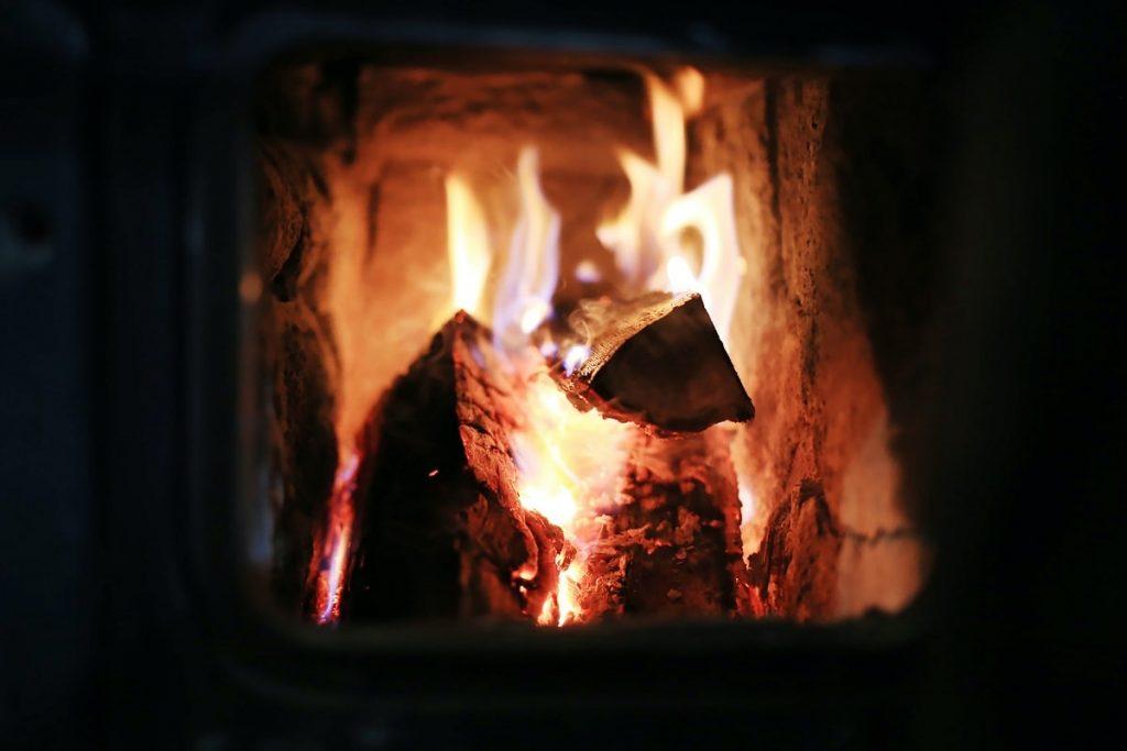 chauffages bois écologiques subventions cheminée