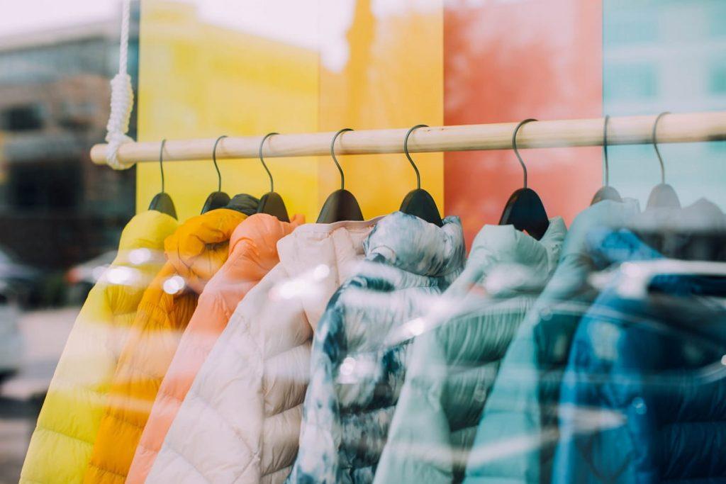 loi climat vêtements shopping